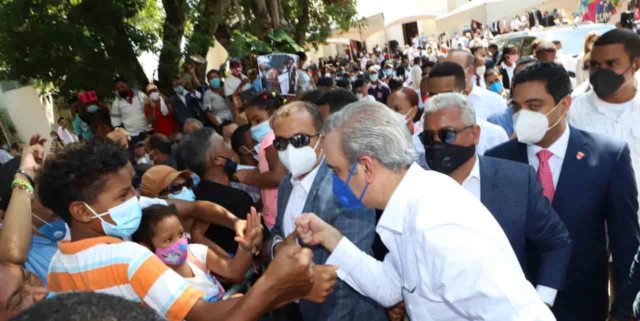 Abinader niega privatización de entidades