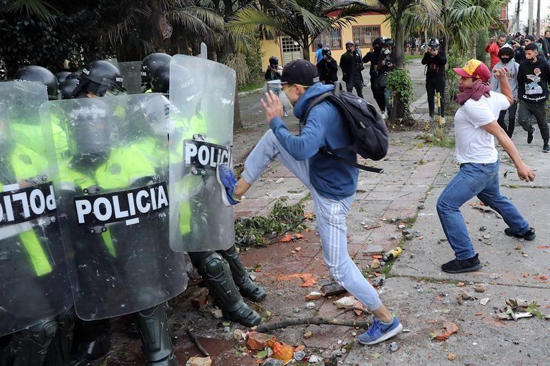 Brutal video de agresión policial1