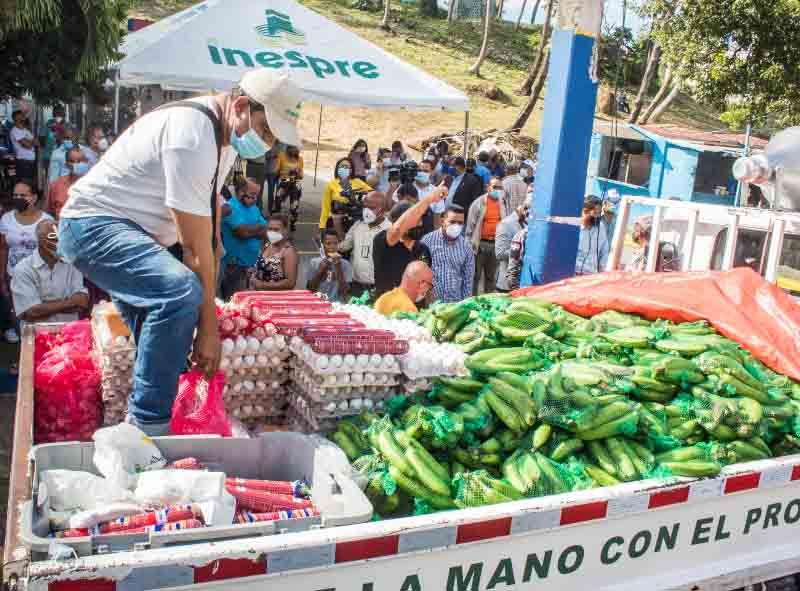 Agricultura e Inespre inician ventas populares1