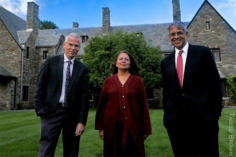 Martin Kuldorff Jay Bhattacharya y Sunetra Gupta