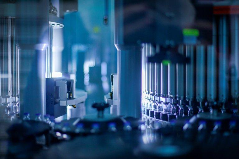 Pfizer y BioNTech