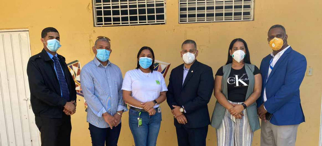SeNaSa realiza jornada de afiliacion en Los Cocos de Jacagua large