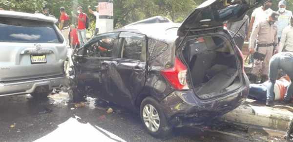 Accidente de varios vehiculos en Santo Domingo1