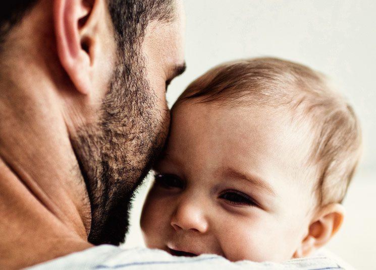 Contrataciones Públicas extiende a 30 días licencia de paternidad