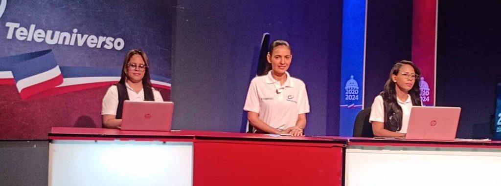 Yenifer Martinez Adalgisa Castillo y Elizabeth Almonte