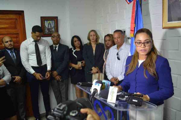 funcionarios judicales presentes en la presentacion de los informes