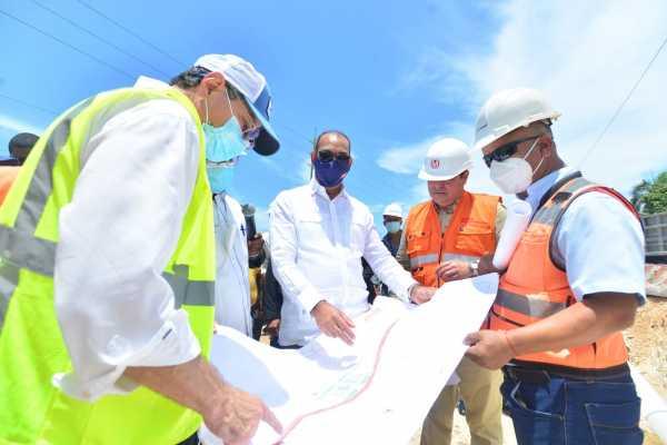 Deligne supervisa obras en provincia santo Domingo Este y Boca Chica1