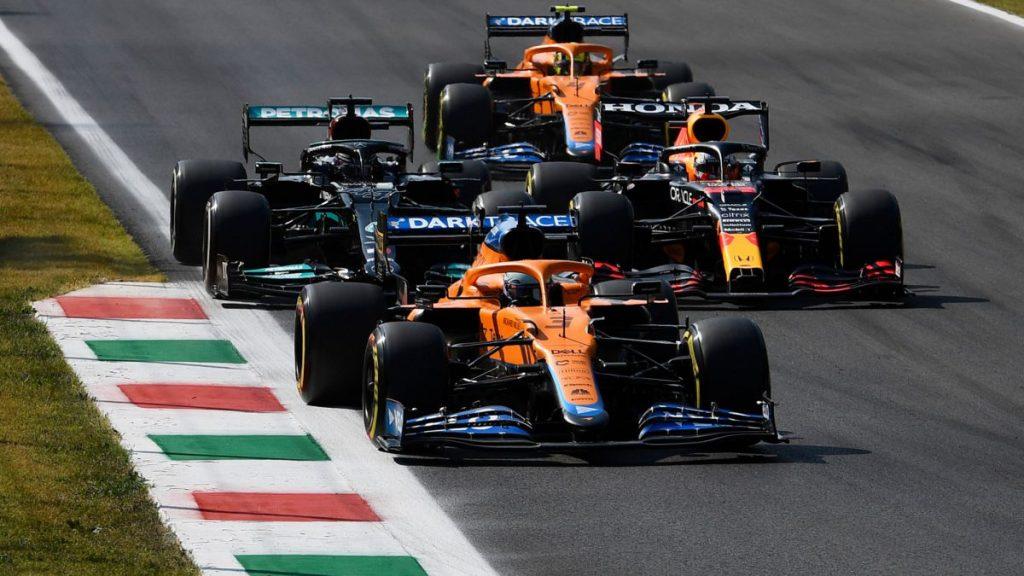 Ricciardo resucita a McLaren en la madre de todos los dramas